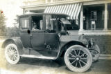 Family car at the Bonnie Brae residence, Nashville, Tennessee, n.d.