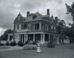 Prentice Cooper home in Shelbyville, Tennessee, 1938 August 02