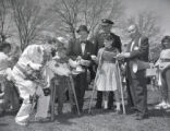 Easter egg hunt at West Park, Nashville, Tennessee, 1962 April 18